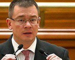 Muhalefetin Gensorusu Romanya'da Hükümet Düşürdü