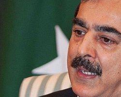 Pakistan Başbakanı 'Yargıya İtaatsizlikten' Suçlu Bulundu