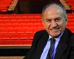 """""""Tiyatroda Başbakan'a Laf Atılıyor..."""""""