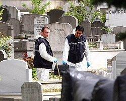 Polis Kozlu Mezarlığı'nda Bomba Arıyor