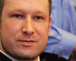 Norveçli Terörist Breivik Yargılanıyor