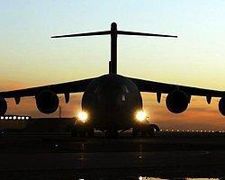 Pilot Bayıldı 80 Yaşındaki Kadın Uçağı İndirdi