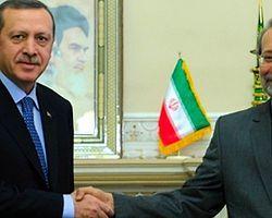 İran'dan 'Suriye'nin Düşmanları' Eleştirisi