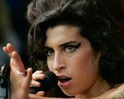 Amy Winehouse Ailesine Servet Bıraktı