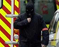Fransa'da Saldırı Sonrası Güvenlik 'Scarlet' Düzeyinde
