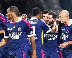 Lyon galibiyeti hatırladı: 2-1