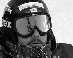 Pist Dışına Düşen Kanadalı Kayakçı Yaşamını Kaybetti