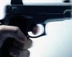 Genç Çift, Evinde Silahla Vurulmuş Halde Bulundu