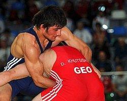 Güreşte Taha Akgül Avrupa şampiyonu Oldu