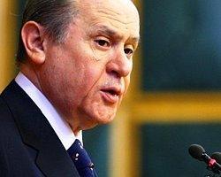 """Bahçeli'den Başbakan'a """"dindar gençlik"""" eleştrisi"""
