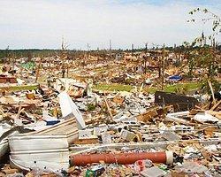 ABD Kasırgaya Teslim: 27 Ölü