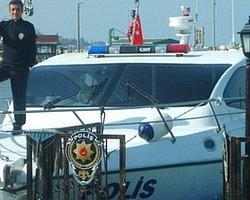 Türkiye-Yunanistan sınırında kaçakçılar polisle çatıştı