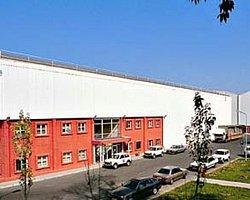 Coca Cola Yunanistan'da İki Fabrikasını Kapattı