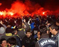 Fenerbahçeli taraftarlara polis müdahalesi