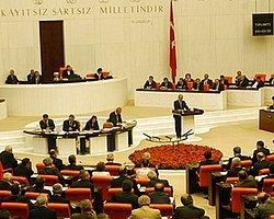 Meclis'te Hakan Fidan Maddesine Yeşil Işık