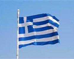 Yunanistan'a Uyarı Blokajı