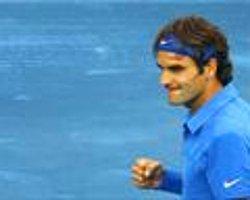 Federer İki Numaraya Göz Koydu