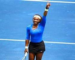 Ünlü tenisçi şarkıcılığa soyunuyor