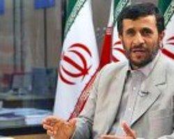 Ahmedinejad'a 35 milyon mektup