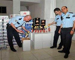 İzmir'de Bin 200 Şişe Sahte Votka Ele Geçirildi