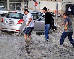 İzmir'de Etkili Yağış