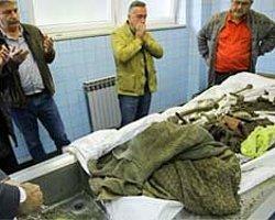 Bosna'da Savaş Kurbanları Toprağa Verildi