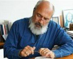 Enis Batur: Babam solcuydu ama darbe yaptı