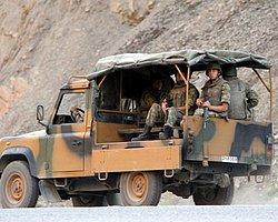 Kars'ta Askeri Birliğe Ateş Açıldı: 1 Asker Yaralı