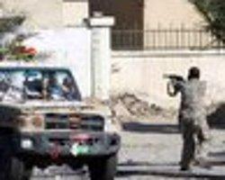 Libya'da Militanlar Havaalanını Bastı