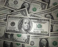 Dolar 1.8270 Liraya Geriledi