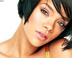 Rihanna Bodrum'a Geliyor