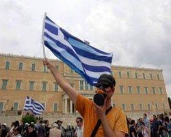 Yunanistan'da Hastaneler Kapanmak Üzere