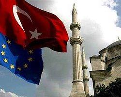 AB, Türkiye'ye Vizeyi Kaldırmaya Hazırlanıyor