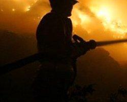 İzmir'deki Çöplükte Yangın Çıktı