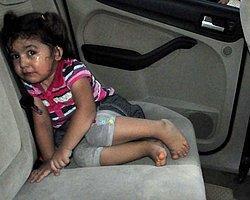 Çocuğunu Otomobilde Unuttu