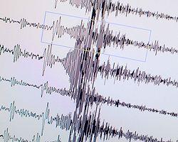 Japon Deprem Uzmanlarından '7.3'e Hazır Olun' Uyarısı