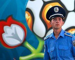 Spor EURO 2012 final maçında 7 bin polis görev yapacak