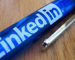 Twitter ve LinkedIn Yollarını Ayırdı