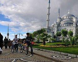 Çamlıca Tepesi'ne En Az 6 Minareli Cami
