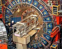 CERN'deki Türk fizikçi Tanrı Parçacığı'nı anlattı