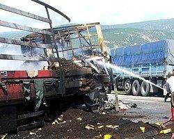PKK'lılar 11 Aracı Yaktı