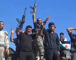 Suriye'de Yakalanan Askerler İran Kimlikli