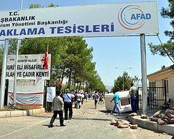 Gaziantep'deki Suriyeli Sığınmacılar Türk Bayrağı'nı İndirdi