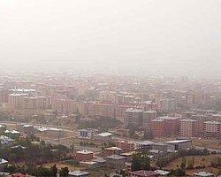 Van'da Toz Bulutu Uçak Seferlerini Durdurdu