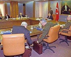 Meclis'e 28 Şubat'ta 'Devlet Sırrı' Engeli