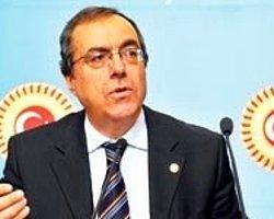 AK Parti 'dini örgütlenme hakkı' istedi