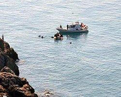 İzmir'de Mülteci Teknesi Battı: 60 Kişi Öldü