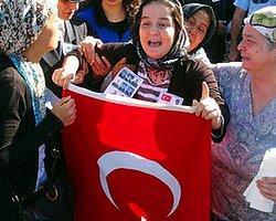 """""""Başbakan'a Söyleyin Mecbur Kaldı da Polis Oldu"""""""