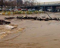 Çanakkale'de Sel Felaketi: 2 Kayıp