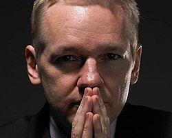Assange'a Prezervatif Umudu